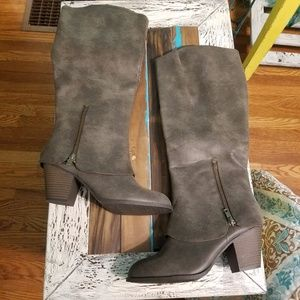 Jellypop Tall Distressed Fall Boots